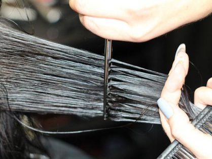 Dobrzy fryzjerzy zapewniają doskonałą fryzurę