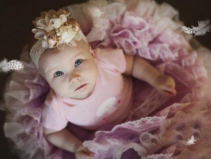 Jakie niemowlęce ubranko wybrać na przyjęcie?