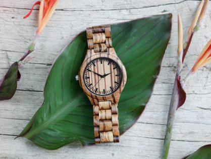 Prezent w postaci drewnianego zegarka